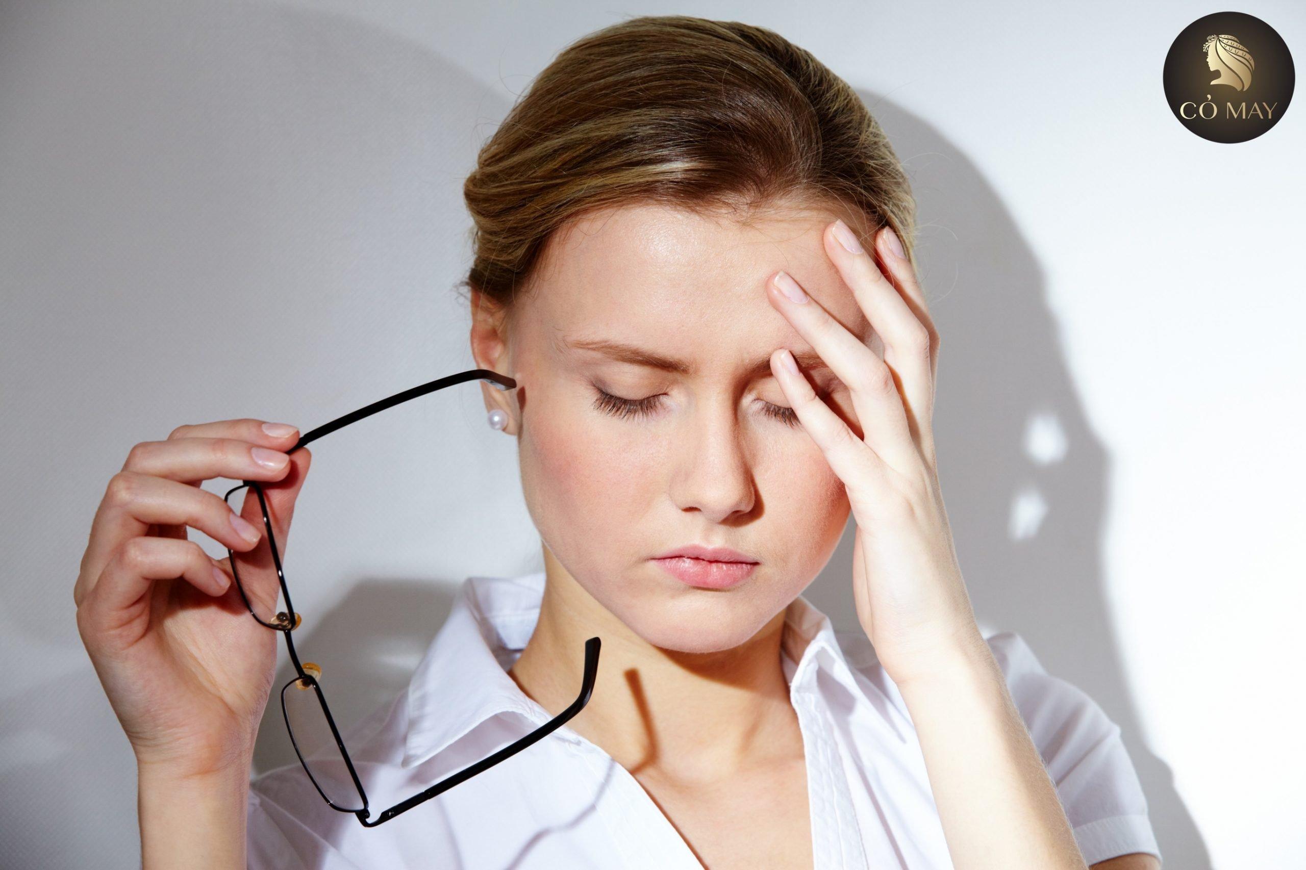 Stress là nguyên nhân gây nên rụng tóc
