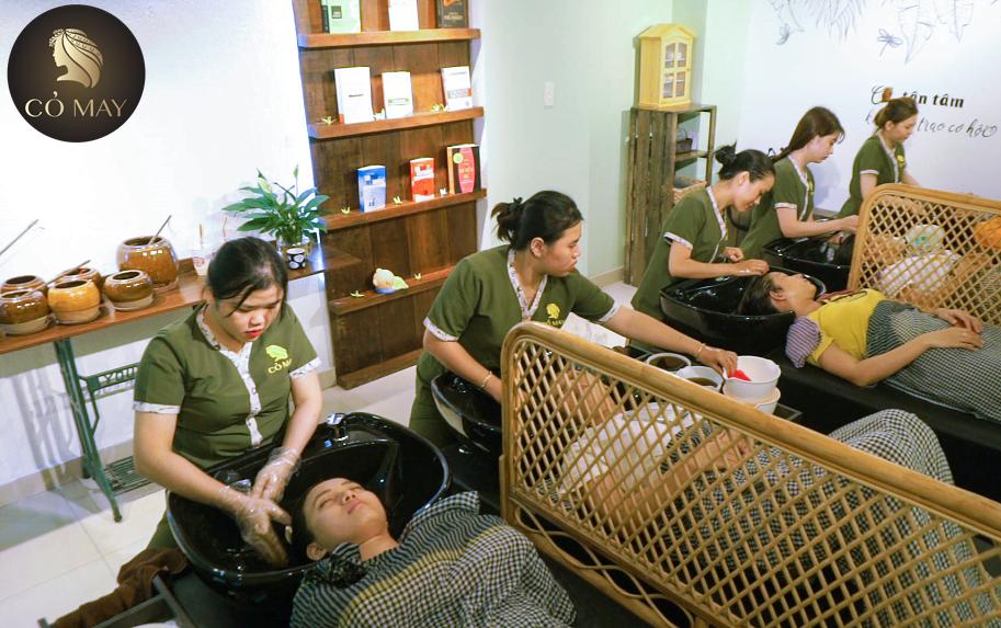 Cỏ May chuyên dịch vụ gội đầu thảo dược ở Gò Vấp
